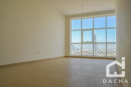 3 Bedroom Apartment for Rent in Business Bay, Dubai - 3BED+STUDY WITH CANAL AND BURJ VIEW/4CHQ