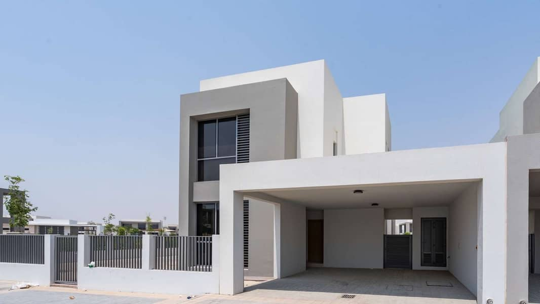 Exquisite Five Bedroom Residence On Corner Plot at Sidra Villas