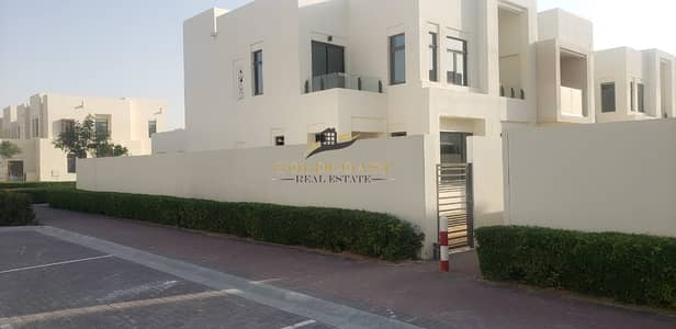 3 Bedroom Townhouse for Sale in Reem, Dubai - GREAT DEAL! | BRAND NEW 3BR + MAIDS VILLA | END CORNER | TYPE J |