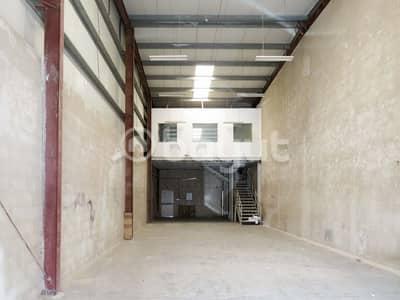 مستودع  للايجار في المنطقة الصناعية ، الشارقة - مستودع في المنطقة الصناعية 17 المنطقة الصناعية 70000 درهم - 4205182