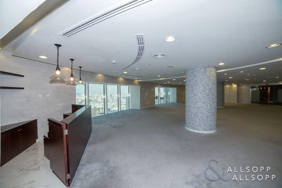 2 Full Floor | Close to Metro | Chiller Free