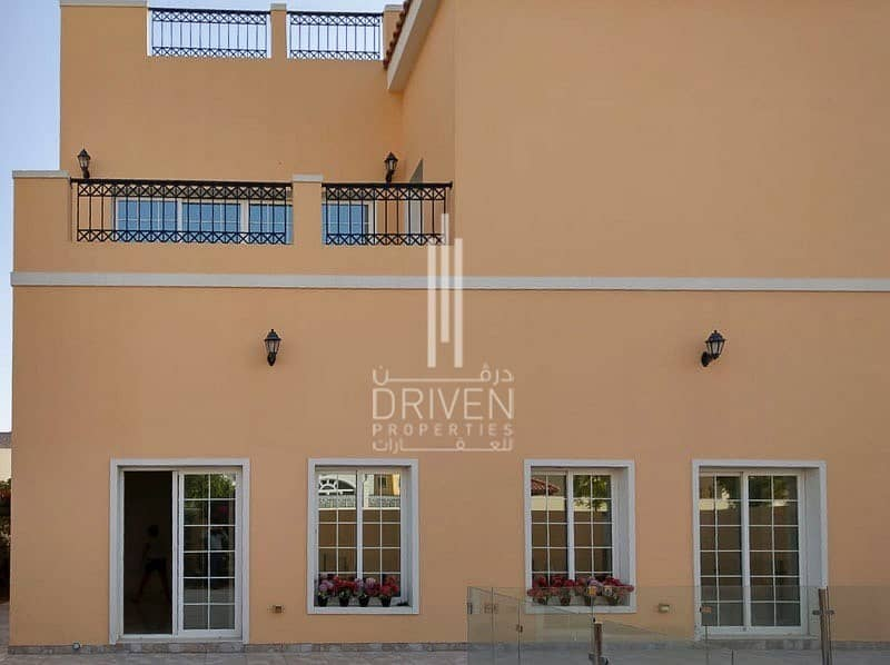 2 Amazing 5 Bed Villa | 5 Yrs Payment Plan