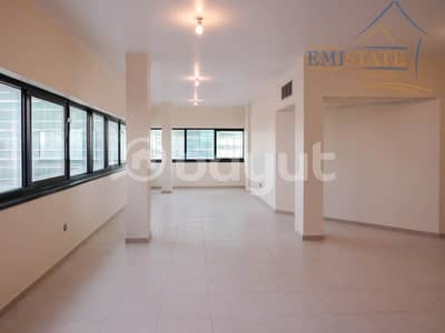 3 Bedroom Apartment for Rent in Al Khalidiyah, Abu Dhabi - Full Sea View 3+M w/ Balcony Direct From Owner