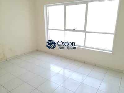 شقة 2 غرفة نوم للايجار في المجاز، الشارقة - Lavish ! 2-BHK With Balcony In Al Majaz 3