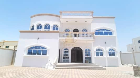6 Bedroom Villa for Sale in Shakhbout City (Khalifa City B), Abu Dhabi - Elegant Villa 6-BR