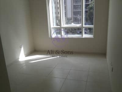 شقة 3 غرفة نوم للايجار في الخالدية، أبوظبي - Spacious 3brs Flat for rent in Khalidiya