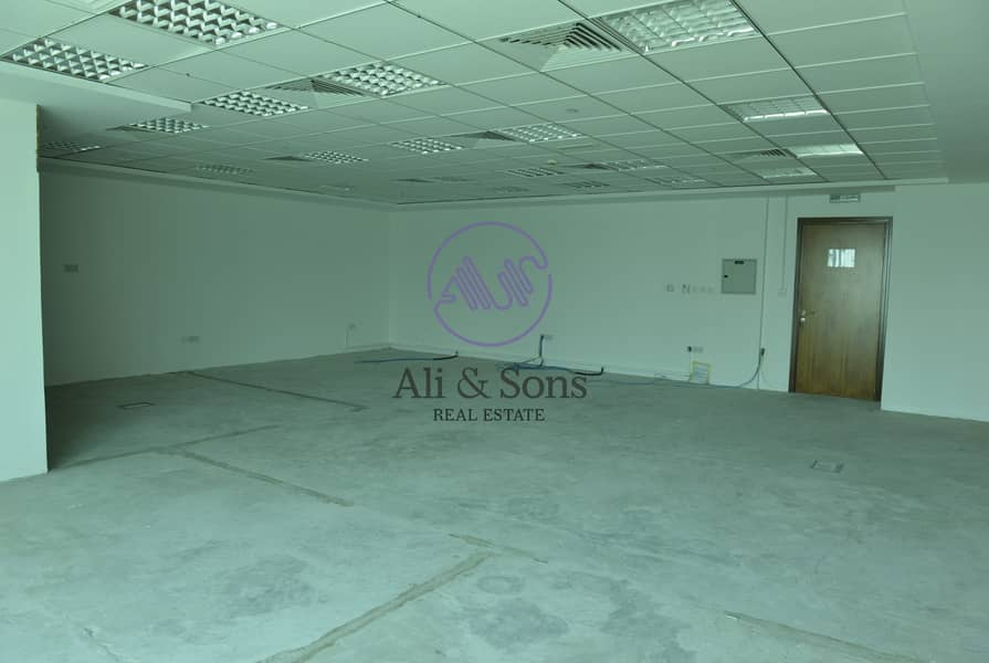 2 ONE DAY DEAL get your fitted office for AED 100/sq.ft all inclusive direct from the owner