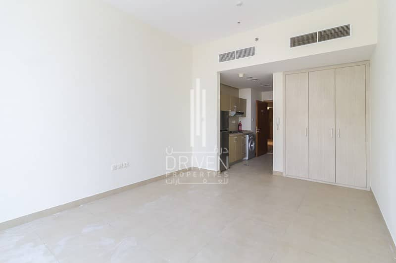2 5* Facilities | Kitchen Appliances Included