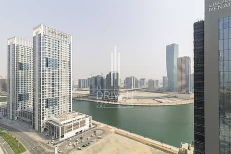1 Bedroom Flat for Rent in Business Bay, Dubai - Equipped Kitchen with Balcony and 5* Facilities