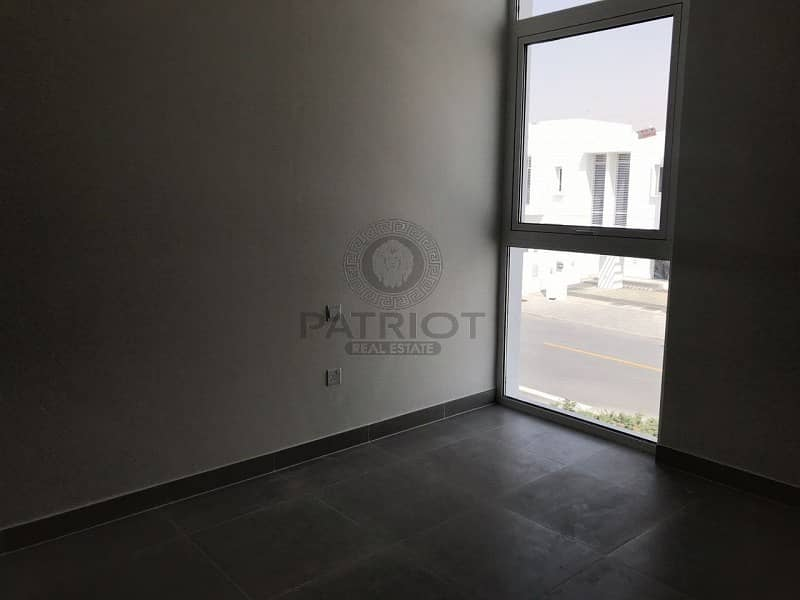 15 Ultra Luxury 5 Bedroom Townhouse For Sale Mudon
