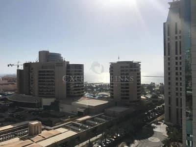 1 Bedroom Flat for Sale in Dubai Marina, Dubai - Priced to sell - Panoramic sea view in Botanica