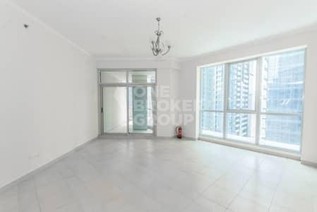 2 Bedroom Flat for Sale in Dubai Marina, Dubai - Super Location