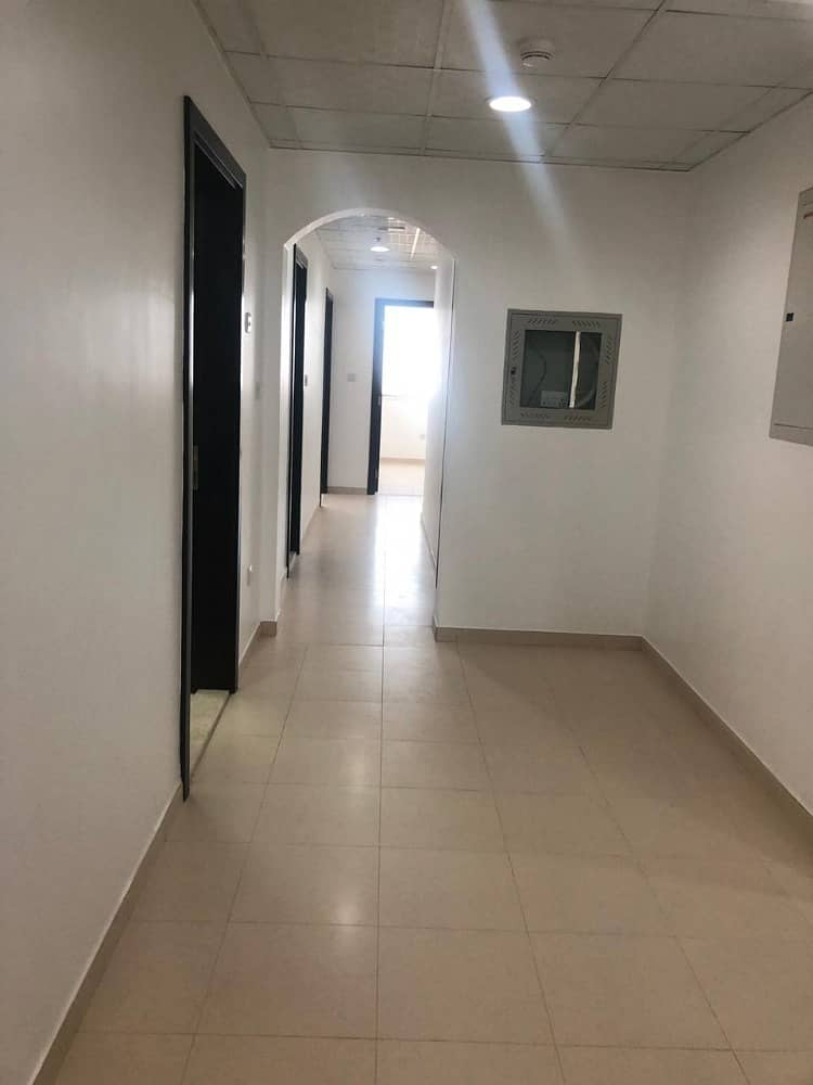 4 bedroom apartment ( 3 are masters) 6 bathrooms car parking maids room
