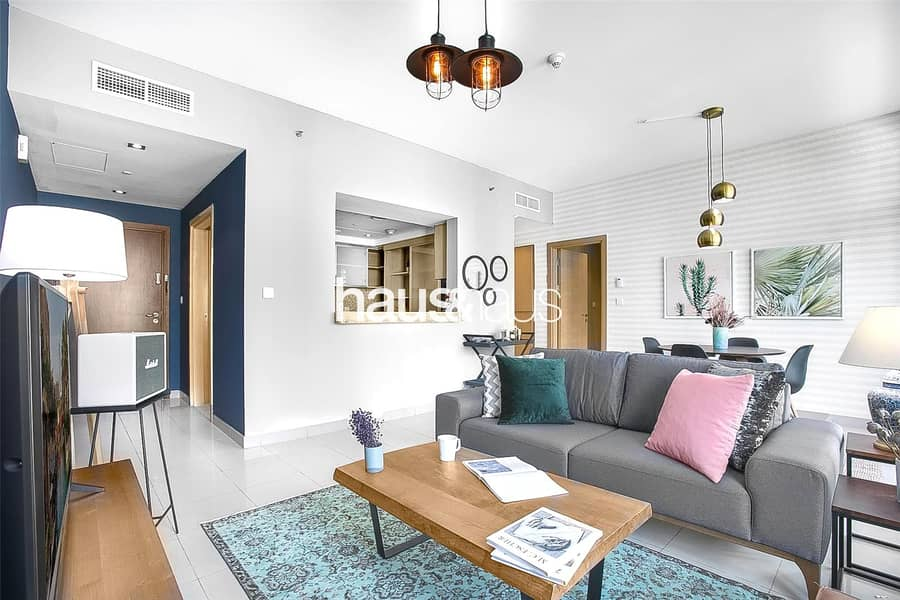 2 Immaculate One Bedroom   Partial Marina View