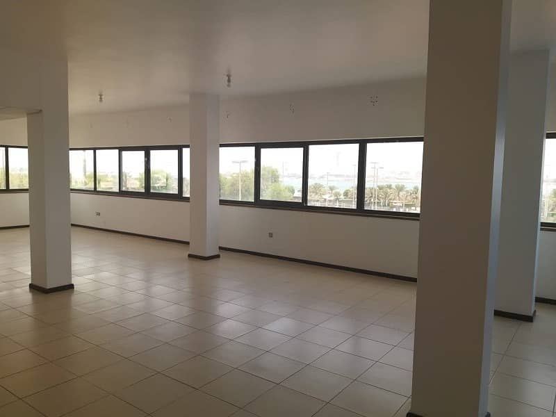 3 bedroom apartment in al corniche area for rent with car parking