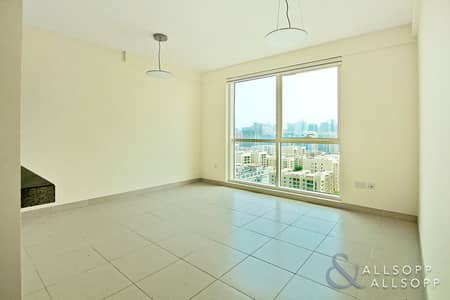 2 Bedroom Apartment for Sale in The Views, Dubai - Vacant | Part Golf and Canal View | 2 Bed