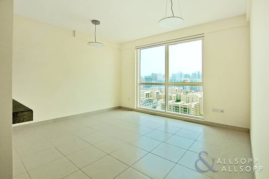 2 Vacant | Part Golf and Canal View | 2 Bed