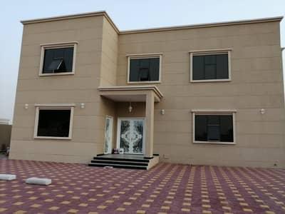 فیلا 5 غرفة نوم للبيع في حوشي، الشارقة - فیلا في حوشي 5 غرف 2800000 درهم - 4157676