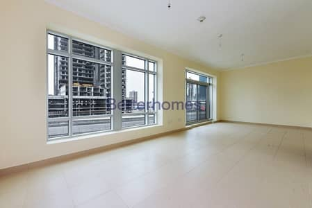 Studio for Sale in Downtown Dubai, Dubai - Vacant Now | Square Layout | Investment