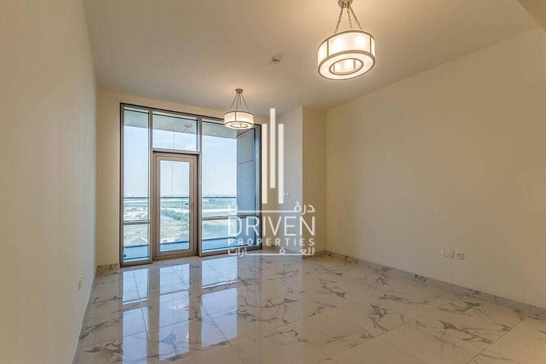 Duplex Apt | Amazing Sea and Canal Views