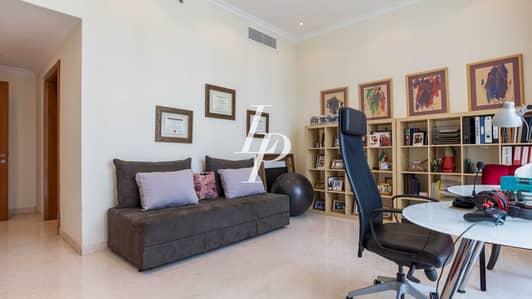 بنتهاوس 5 غرفة نوم للبيع في أبراج بحيرات جميرا، دبي - Deluxe Penthouse Offering Striking Dubai Marina Views