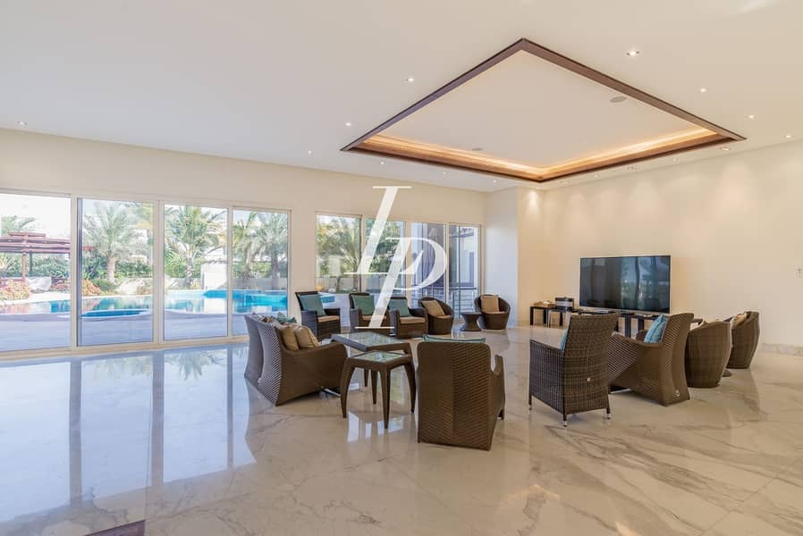 2 Gorgeous Six-Bed Villa in Emirates Hills Sector E