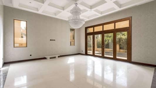 فیلا 6 غرفة نوم للبيع في البراري، دبي - Splendid Luxurious Six Bedrooms Villa in Camellia