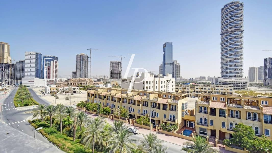 10  Jumeirah Village Circle