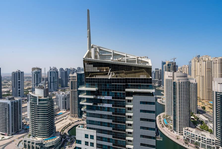 10 Waterfront Penthouse With Marina View