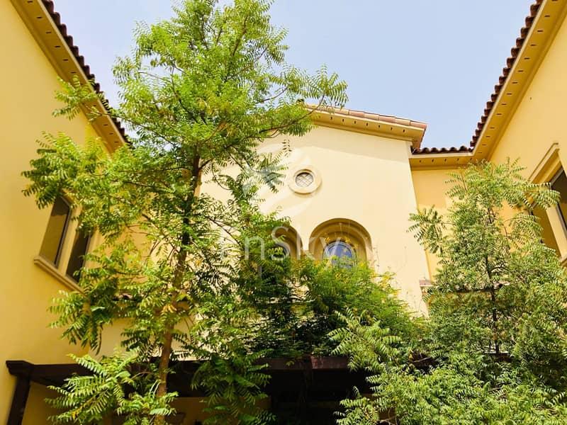 2  Luxurious 7+M Duplex Villa