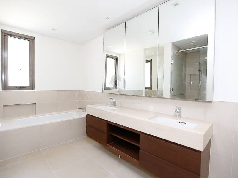 10 4 Bed villa for rent | Type 2 | Brand new |
