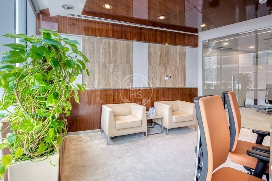 2 Stylish and Luxurious office in the centre of DIFC