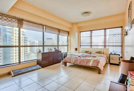 Huge 2 BR Corner Apt with Fabulous Marina View