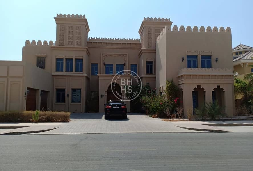 2 The Best Offer to Rent Signature Villa! 6 Bedrooms