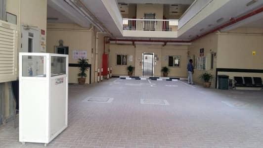 سكن عمال  للبيع في جبل علي، دبي - Big Labour Camp in Jebel Ali Industrial First