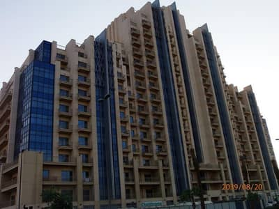 2 Bedroom Flat for Rent in Jumeirah Village Circle (JVC), Dubai - Jvc , 2 b/r with 4 cheques , large living room , balcony , low floor