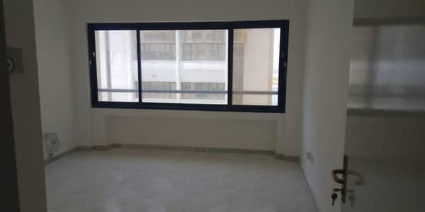 شقة 2 غرفة نوم للايجار في منطقة الكورنيش، أبوظبي - شقة في منطقة الكورنيش 2 غرف 57000 درهم - 4213710