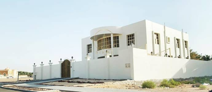 6 Bedroom Villa for Sale in Al Zakher, Al Ain - Great Huge 6BR Villa In Zakher