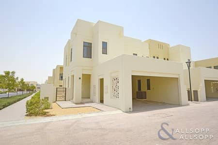 4 Bed   Corner Plot   Type E   Available