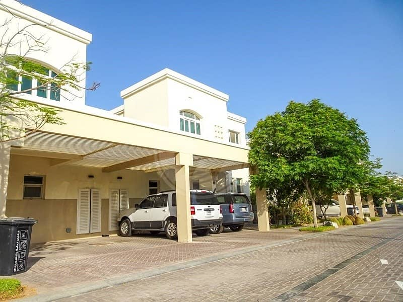 Unique well maintained |3 bed villa+maid's+study