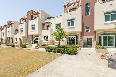 شقة 1 غرفة نوم للبيع في الغدیر، أبوظبي - Very Hot Deal! Buy This Cozy Apartment Now!