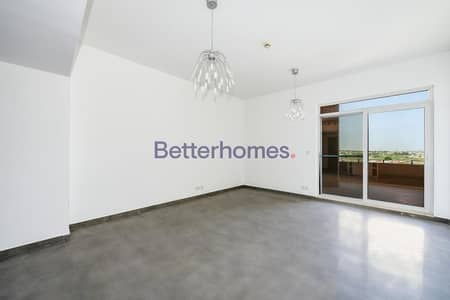 2 Bedroom Flat for Sale in Motor City, Dubai - Fully Upgraded | 2 Parking Spaces | Community view