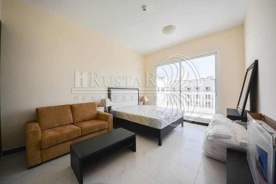 Fully furnished higher floor studio for sale