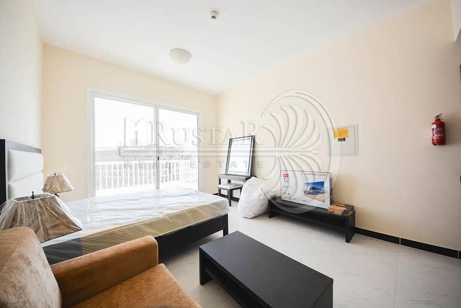 2 Fully furnished higher floor studio for sale