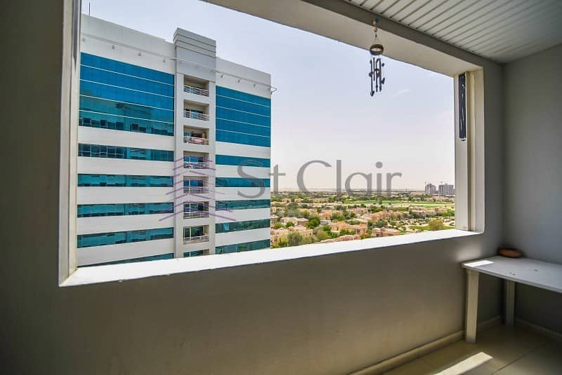 10 Excellent Investment | 1BR + Laundry | Golf course