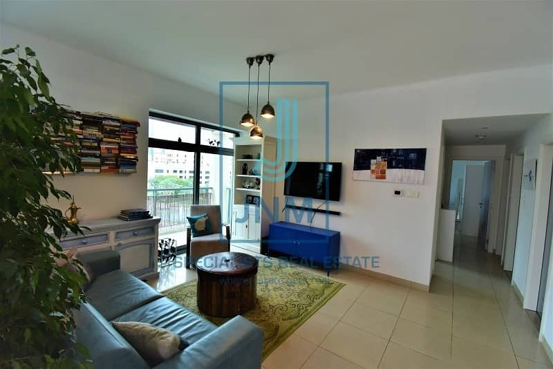 Fully Upgraded 2BR Huge Terrace Apt Vacant