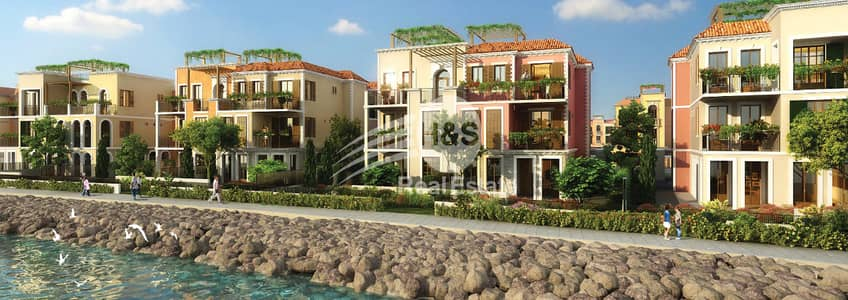 5 Bedroom Townhouse for Sale in Jumeirah, Dubai - 5 Bedroom Luxury Seafront Meraas Towhouse