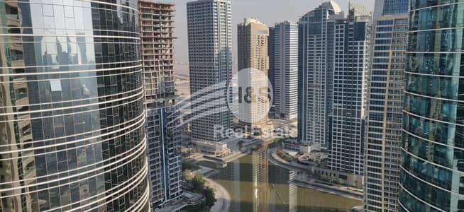 3 Bedroom Apartment for Sale in Jumeirah Lake Towers (JLT), Dubai - 8% ROI Deal with Stunning Views of Lake!