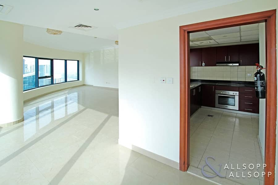 2 3 Bedroom | Chiller Free | Marina View