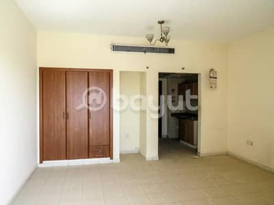 استوديو  للبيع في المدينة العالمية، دبي - شقة في طراز فارسي المدينة العالمية 250000 درهم - 4218399